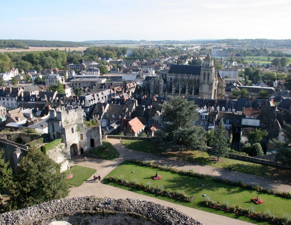 Ville médiévale de Gisors et son château fort