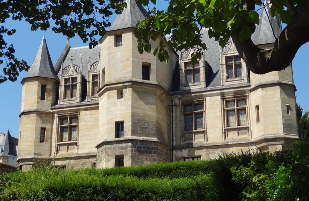Tavet-Delacour museum